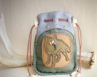 medicine bag >>> COYOTE MEDICINE <<< deerskin leather, animal spirit guide, spirit bag, shaman shamanic bag, 420 stash pouch, Coyote Claw