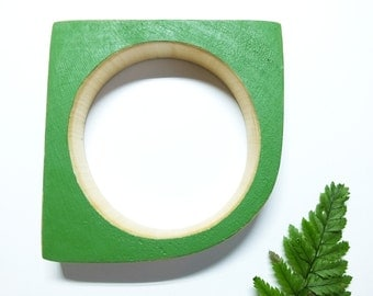 Green Wooden Bangle, Geometric Bracelet, Geometric Jewellery, Geometric Bracelet, Green Bracelet, Quirky Jewellery