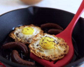 Miniature EGGS & Sausage Links in Black Skillet with Red Spatula - 1:6 Scale Polymer Clay Faux Food for Fashion Dolls and Action Figures