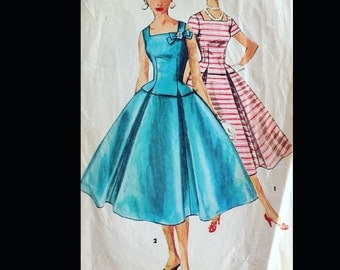 Vintage 50s 60s  Square Neck Bow Trim Wasp Waist Pleated Skirt Party Dress Sewing Pattern 1122 B29