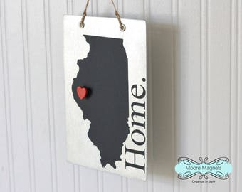 Illinois State Silhouette Home Sign Magnet board with Chalkboard State and Red Heart Magnet