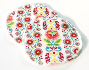 Large Reusable Nursing Pad Set in Bamboo/Organic Cotton with heavy fleece in Quilter's Cotton - Robin Hood Ribbon Bloom