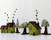 Felt Houses Ornaments, Cabins and trees. Miniature. Green shades, Housewarming gift, original gift Sweet Home
