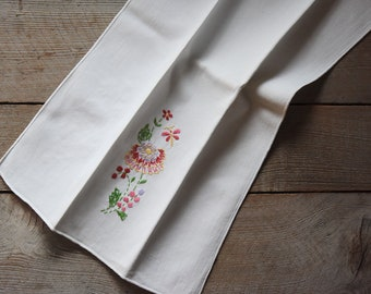 Vintage Embroidered Hand Towel, Vintage Hand Towel, Vintage Textiles, Embroidered Towel, Hand Towel, Embroidered Textile, Mother's Day Gift