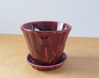 Vintage USA Flower Pot • Maroon Tulip Flowerpot • Large Vintage USA Planter