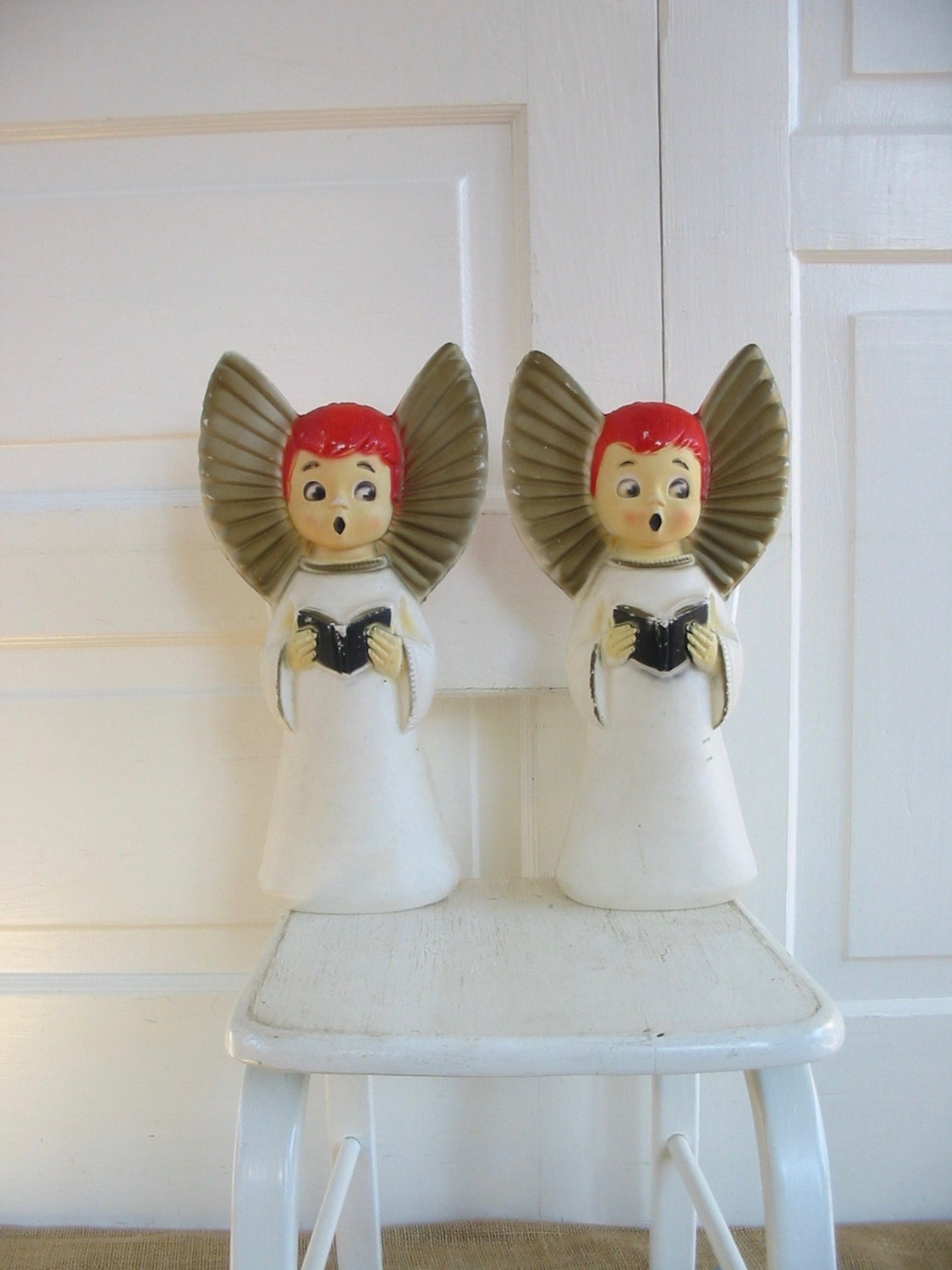 vintage angel blow mold vintage angel vintage christmas. Black Bedroom Furniture Sets. Home Design Ideas