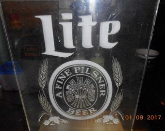 Vintage Lite A Fine Pilsner Beer Light up Sign