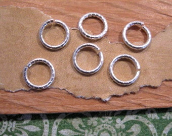 Jumprings 9 mm etched in plated Sterling Silver from Nunn Design - 6 count