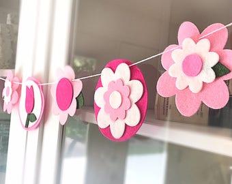 Pretty In Pink Retro Flower Garland