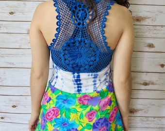 Floral Print and Tie Dye Crochet Lace Racerback Tank Top Size Small
