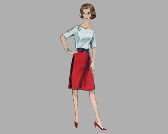 1961 Jacket Skirt Blouse Pattern Vogue 4284, Size 14 Bust 34, Special Design, Sleeveless Over blouse, Slightly flared skirt, with LABEL