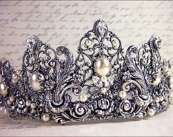Cream Pearl Bridal Tiara, Pearl Bridal Headpiece, Silver Flower, Victorian, Renaissance Bride, Princess Wedding, Custom Crown, Castle, Rose