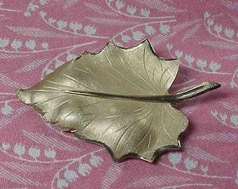 Vintage Danecraft Gold Filled Textured Leaf Brooch pin