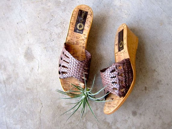 Vintage 70s Slip On Sandals CORK Wedges Woven Peep Toe Beach Sandals Boho Tropical Sandals DES Womens 7.5