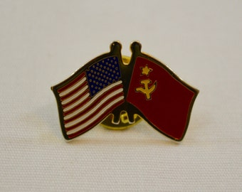 Vintage AMERICAN RUSSIAN soviet flag enamel pin badge lapel pin pinback tie tack