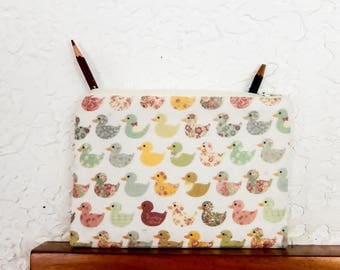 Duck Pouch, Change Pouch, Coin Purse, Cute Pouch, Fabric Pouch, Zipper Pouch, Cosmetic Bag, Pouch, Easter Gift, Gift for Her, Duck Case