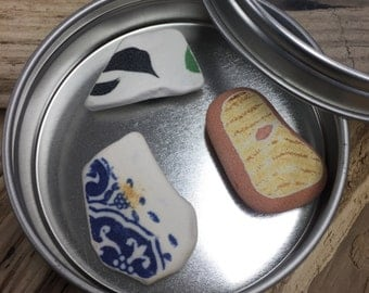 Maine Beach Pottery Magnets in Tin