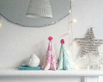 Oh Xmas Tree - Kit To Make Vintage Fabric Tree Decoration
