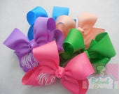 Set of 5 Monogrammed Summer Hair Bows---Spring Hair Bow Set---Hot Pink Lilac Apple Green Light Coral Island Blue--Embroidered Hair Bow