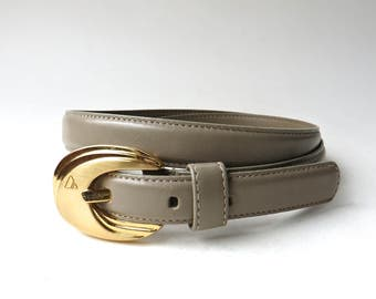 Liz Claiborne vintage Narrow Tan Leather Belt with Gold Tone Metal Buckle