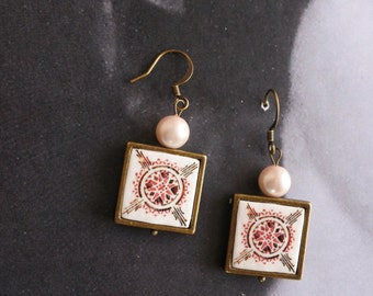 Earrings Portugal Tile Portuguese Azulejo Antique FRAMED Aveiro Pink with Pearls -  reversible - Gift Box Included (see photos) 1719