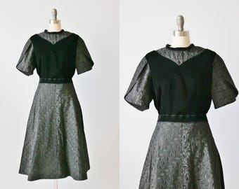 Vintage 1950s Dress Two Piece Set / Swing Skirt and Top  / Velvet / Size Medium Large