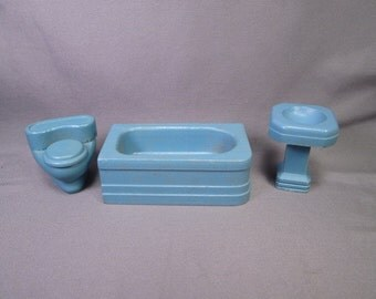 """Strombecker Wooden Dollhouse Furniture Three Piece Bathroom in Blue or Teal - 3/4"""" Scale"""