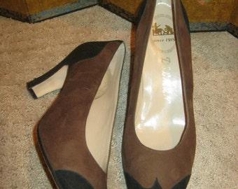Vintage brown black suede pumps sz 7 or 7.5, Delmar suede pump heels, made Spain suede leather sz 7/7 1/2Narrow high heels, spectator shoe