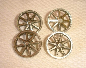 4 Vintage Metalized Plastic Wheel Buttons - Old fashion Wagon Wheels - metalized vintage plastic Buttons