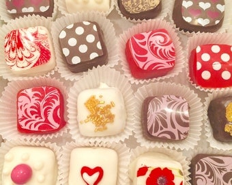 Valentine Petite Fours, petite fours,valentine candy, valentine cookies