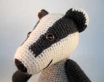 Blackberry the Badger Amigurumi Pattern PDF