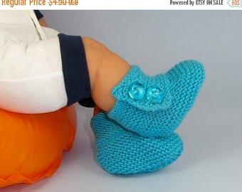 50% OFF SALE Digital pdf file knitting pattern - Baby Button Up Booties (Booties) knitting pattern pdf download by madmonkeyknits
