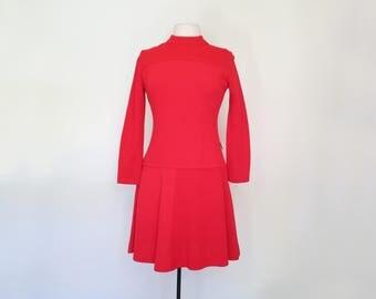 CHERRY // bold 60s or 70s red mod mock neck mini dress