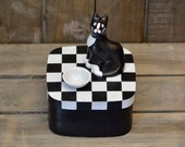 Square wooden treats keepsake box - handpainted - Cat figurine - Black-White Tuxedo - stoneware