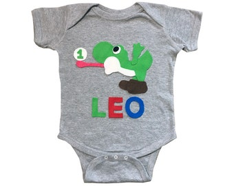 Yoshi Birthday Bodysuit - Kids Grey Baby Onesie - Name and Age - Personalized - Gift