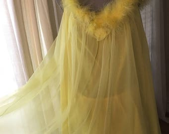1960s Vintage Lemon Yellow Feathered Babydoll Nightie and Bloomer Set Size M Cute!