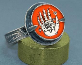 DJ Freshie - Eye in Hand Ring - Collaboration Jewelry of Jenny Mendes and Dawn Estrin