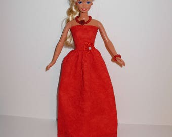 Adorable double layer gown with necklace and bracelet 4 barbie. Handmade barbie clothes