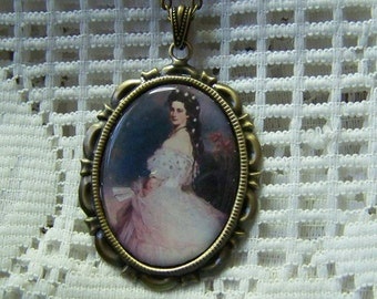 Gone With The Wind Style Necklace, Empress of Austria Pendant, Imperial Sissi Necklace, Antiqued Gold Jewelry, Historical Austrian Art Image