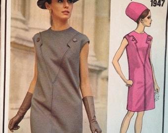 Vintage 60s Vogue Paris Original Dress Pattern Mod Molyneux 1947 34 bust