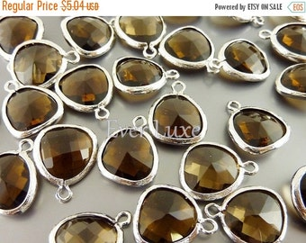 15% SALE 2 smoky quartz unique glass charms for jewelry making / glass beads earrings necklaces 5031R-SQ (bright silver, smoky quartz, 2 pie