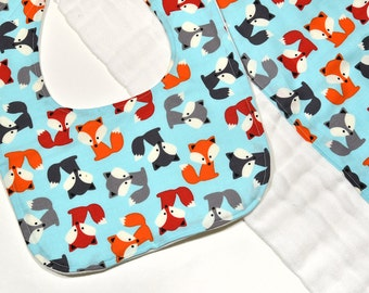 Baby Accessories Baby Bib Burp Cloth Set Cute Foxes Burping Rag Cloth Diaper Baby Gift for New Mom