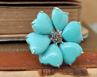 VINTAGE FIND - vintage sterling silver blue turquoise heart shaped flower ring. large cocktail ring