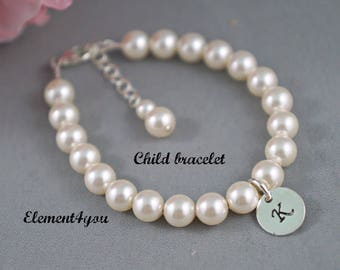 Child bracelet, flower girl bracelet, Initial charm bracelet,  Single Pearl strand, Wedding Jewelry gift, Classic pearl bracelet.