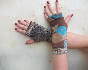 """Fingerless gloves short velvet""""Brown with blue flowers"""""""