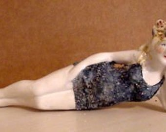 "Bathing Beauty Figurine - 6"" Long"