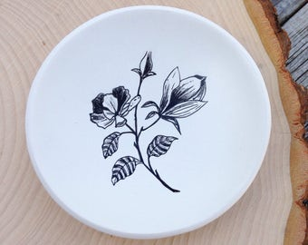 Ring Dish, Magnolia Flower, Magnolia Jewelry Dish, Flower Ring Dish, Magnolia Tree, Polymer Clay Dish, Mom Gift Mom, Trinket Dish