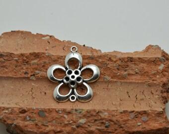 10pcs antique silver flower findings 27mmx25mm