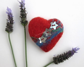 Red Heart Pin - Felt Heart Brooch  - Scarf Pin - Shooting Star