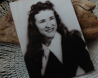 Vintage Photo, Young Woman with Long Hair, 1940's, Portrait, Retro
